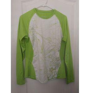 NWOT long sleeve athletic shirt w/subtle pattern